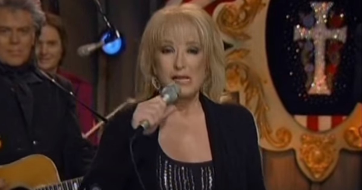 tanya tucker blood red and coming down